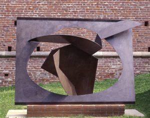 FUNZIONE-SVILUPPO DI FORMA CONCRETA, 1957. Ferro, cm 126x257x189h